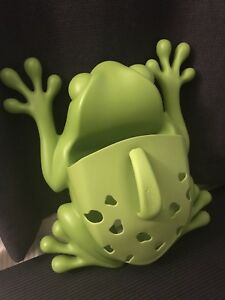 MOVING SALE: Boon frog bath toy holder