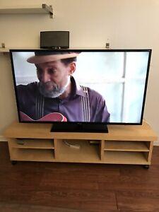 "Samsung 55"" 3D HD LED Flat Screen Color TV UN55FH6030 Like New"