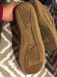 Roots size 11