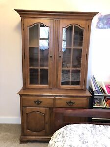 Beautiful Walnut China Cabinet/Hutch