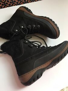 Merrell snow/ winter  boots