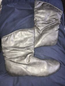 Women's Grey Ankle Boots - 9