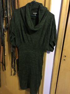 Green sweater dress le Chateau m