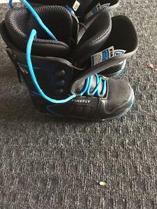Kids snow boarding boots