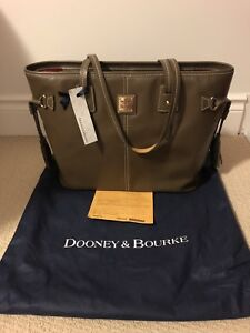 Brand New w/Tag &Bag Large Saffiano Leather Dooney & Bourke Tote