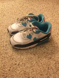 Toddler size 9 brand name runners