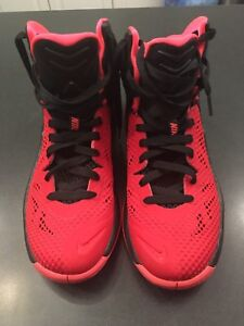 Red Nike Zoom Size 9