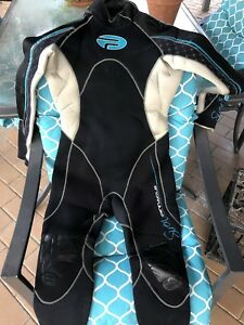 Scuba 7mm Women's wetsuit | Other Sports & Fitness ...