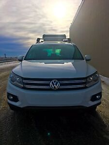 2014 Volkswagen Tiguan Comfort Line with Racks and Tow