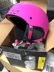 Smith holt Snowboard or skiing helmet