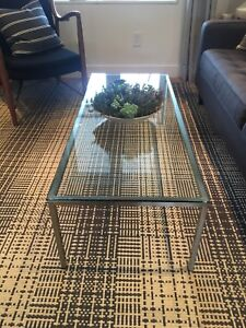 Glass coffee table from EQ3