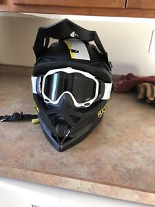 509 helmet with 2 sets of goggles