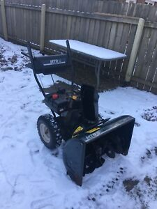 Yard Machine Mtd 8hp/26  Snowblower
