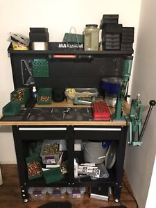 Reloading bench and equipment Hunting