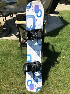Five Forty Luna 145 Snowboard and Bindings
