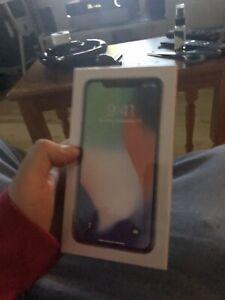 Iphone x 64 gig gris unlock neuf scellée