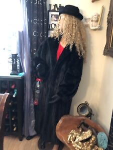 Beautiful Black Full length mink Stored properly 10/10