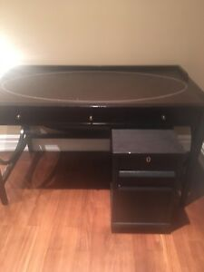 Executive Desk w/Leather Top