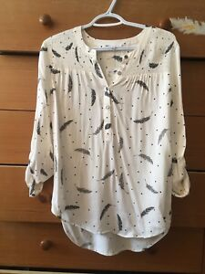 Blouse size small. New with tags!