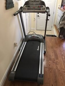 Health trainer Treadmill