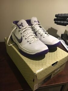 Kobe AD Mid -Pristine Condition-