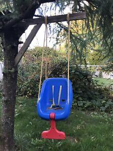 Little kids swing