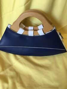 Purse made of leather by Moda/Bedford 9024884723
