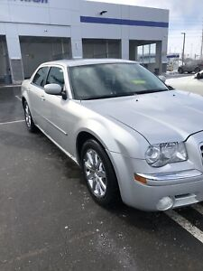 2008 Chrysler 300 LIMITED Silver MINT