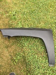JEEP COMPASS FROUNT DRIVER SIDE FENDER