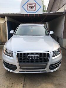 REDUCED!! 2012 Audi Q5 Premium Plus