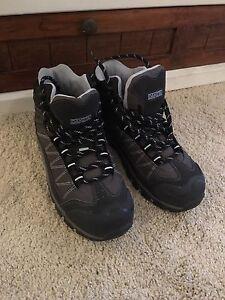 Ladies Work Shoes 8.5