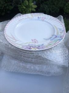 New Mikasa pink melody 14 place setting dishes