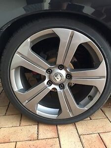 Vy gts rims Wanneroo Wanneroo Area Preview