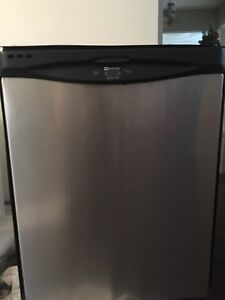 Maytag Quiet Series 400 Dishwasher