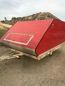 Enclosed sled trailer all aluminum