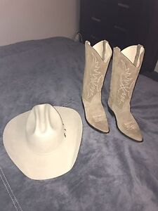 Cowboy Boots & Hat Appin Wollondilly Area Preview