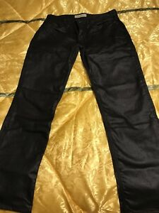 Selling Men's Guess Jeans