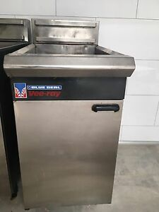 3x gas deep fryers Avalon Pittwater Area Preview