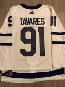 new product 295c7 03205 Authentic Tavares Jersey | Kijiji in Ontario. - Buy, Sell ...