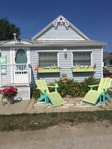 Summer cottage rental Port Stanley