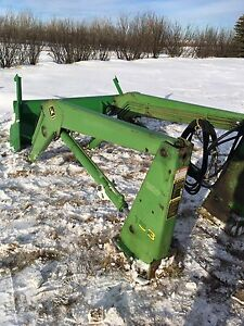 158  JOHN DEERE Front End Loader