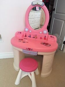 2Step vanity and stool