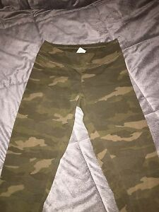 Camo Leggings. SIZE SP