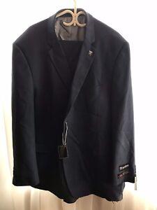 Men's suit, new