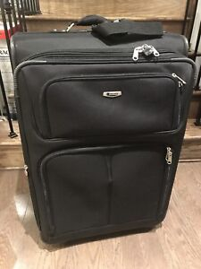 3 piece Delsey Luggage Set (S, M & L) *Great Condition*