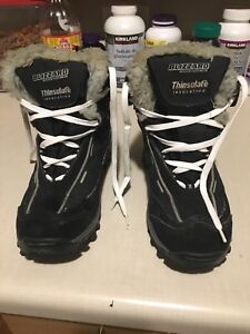 Woman's size 7 winter boots
