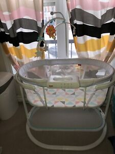 Bassinet Fisher price Soothing Motions