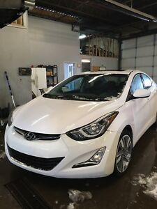 2015 Hyundai Elantra fully loaded. Sunroof. Alloy rims