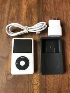 Custom 160GB 5.5 Gen iPod Classic W/Wolfson Dac + 39hr Battery!