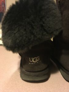 Brand name clothing -Uggs, pink, bench